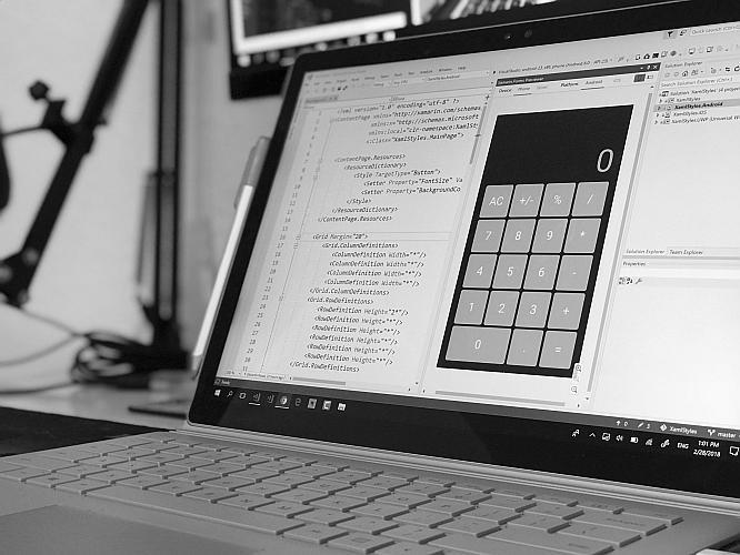 kalkulator rrso na ekranie laptopa